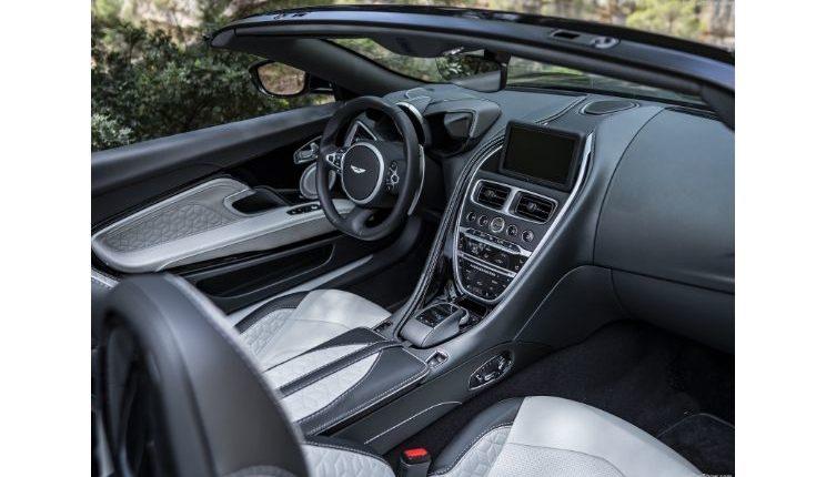 Aston_Martin-DBS_Superleggera_Volante-2020-1600-9c