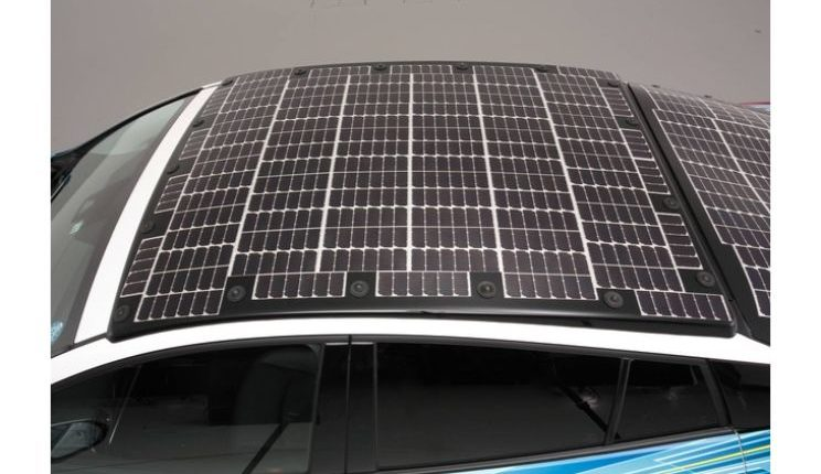toyota-prius-phv-demo-car-with-solar-panels-11