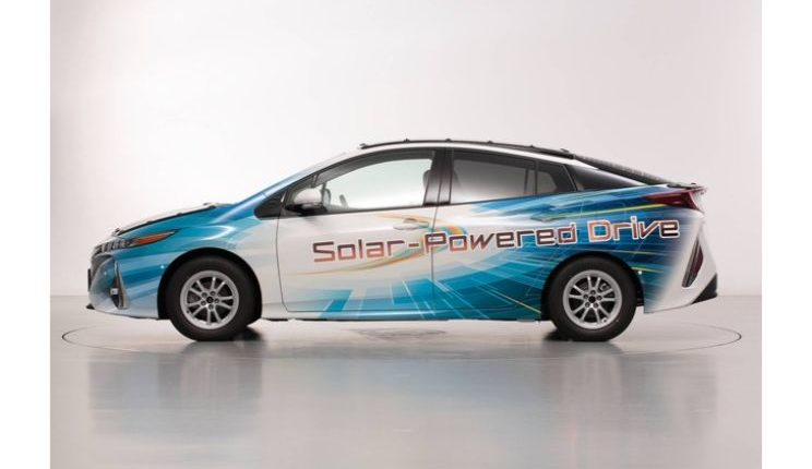 toyota-prius-phv-demo-car-with-solar-panels-3