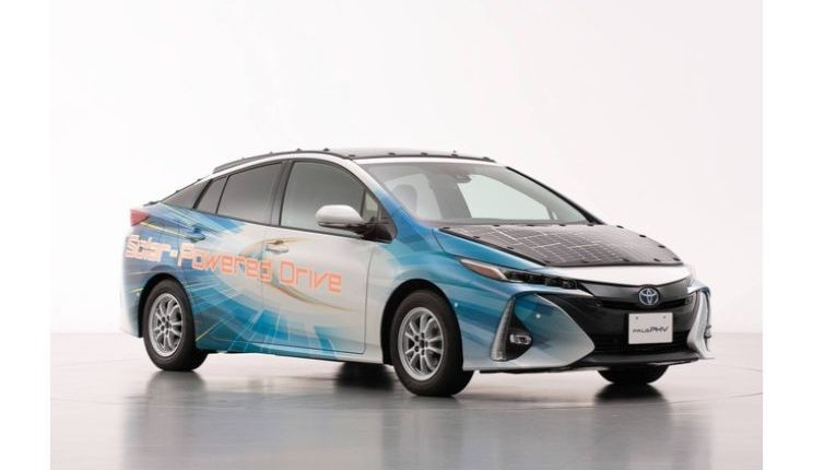 toyota-prius-phv-demo-car-with-solar-panels-6