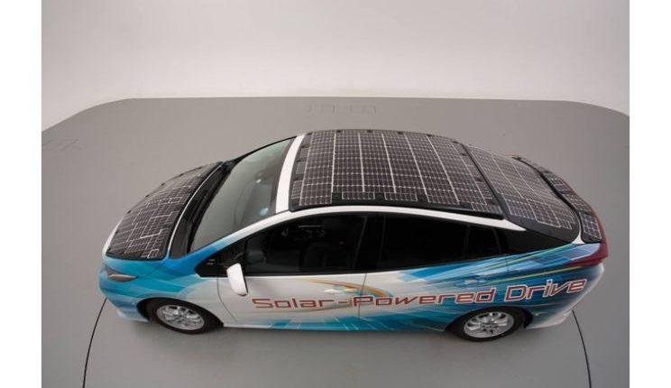 toyota-prius-phv-demo-car-with-solar-panels-9