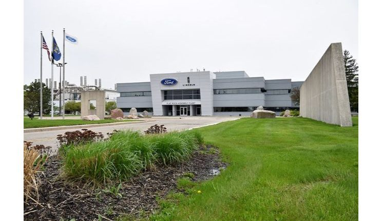 فورد تبقي مصنع موستانغ مغلقًا حتى 20 سبتمبر بعد تسرب الغاز